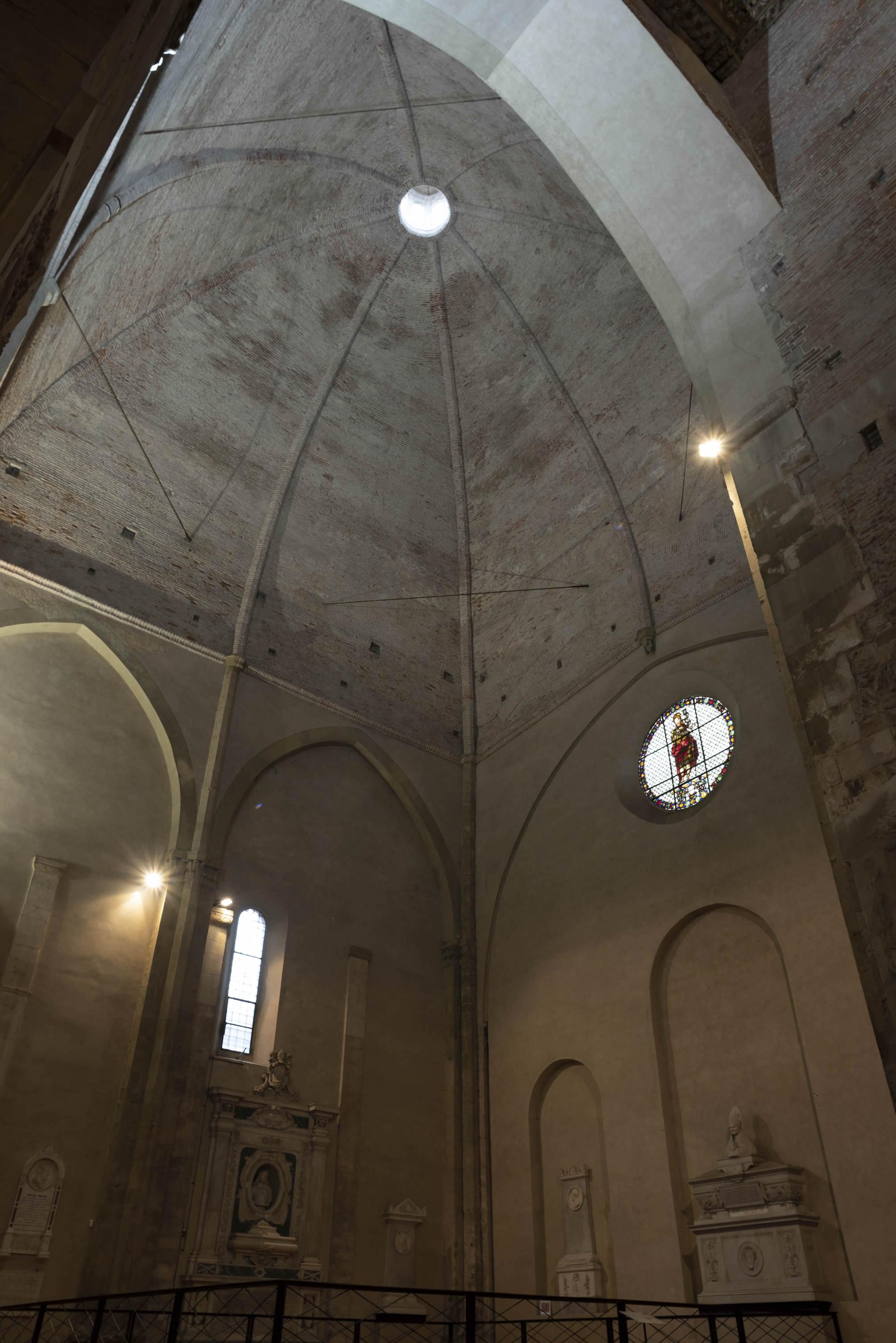 cupola-battistero-sangiovanni-lucca-front